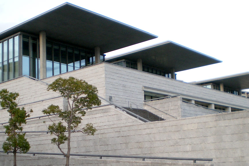 hyogo-prefectural-museum-of-art