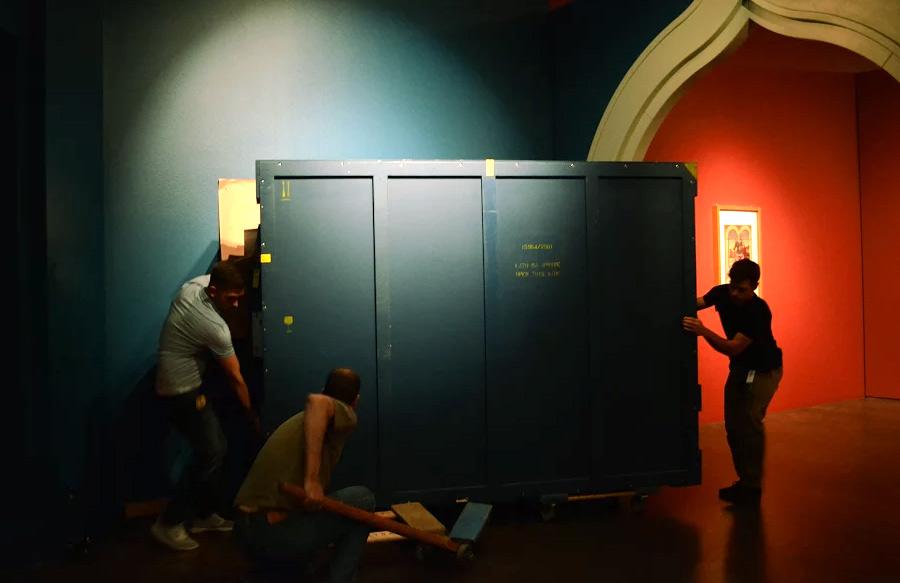l'arrivo dell'opera al Denver Art Museum
